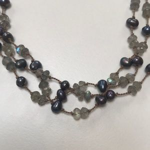 Beautiful sparkly labradorite beaded necklace